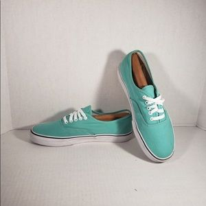 Men's Classic Lace Up  Teal Vans